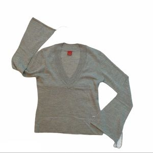 ESPRIT grey v-neck sweater with bell sleeves ties